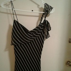 100 % polyester dress ,laundry by Shellie segal 4P